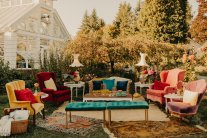 Outdoor parlour (decor: Blue Lily Events, photo: Luke Liable Photography)